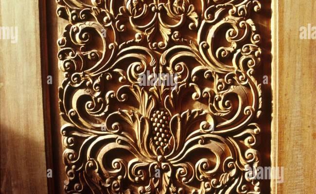Indonesia Java Jepara Crafts Wooden Furniture Carved Door
