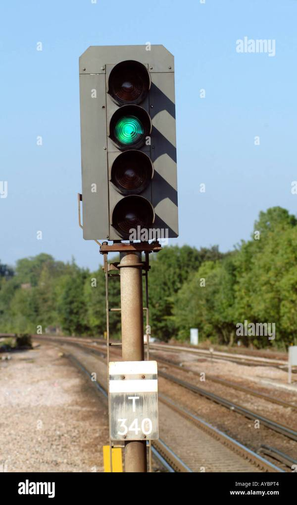 20+ Green Railroad Searchlight Signals Pictures and Ideas on Meta