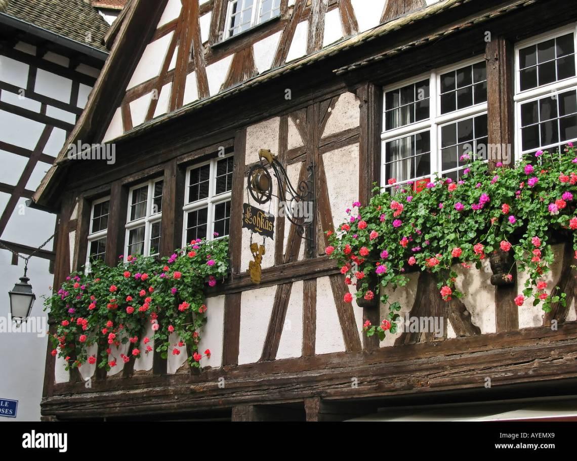 16th Century French Home - renaissance-half-timbered-house-16-17th-century-petite-france-district-AYEMX9_Beautiful 16th Century French Home - renaissance-half-timbered-house-16-17th-century-petite-france-district-AYEMX9  Snapshot_433592.jpg