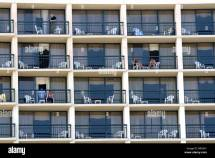 Hotels in Galveston with Balconies