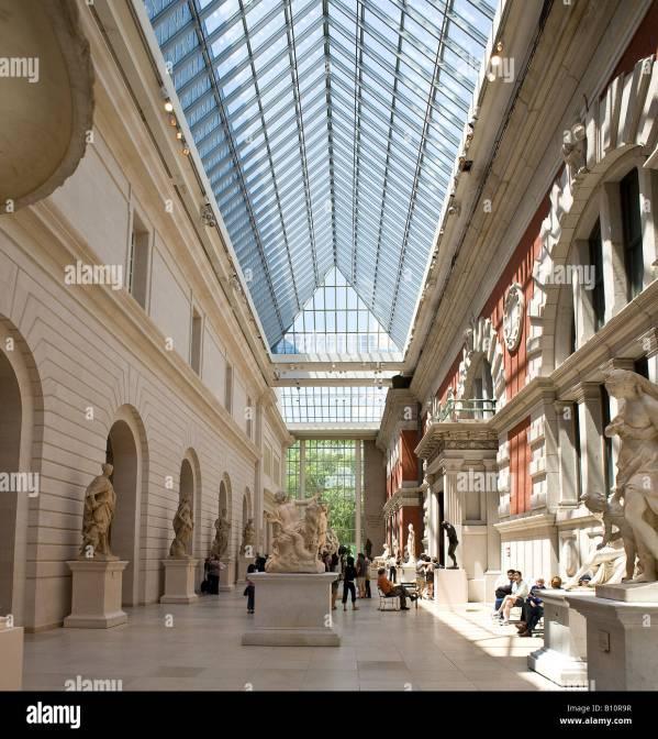 European Sculpture Metropolitan Museum Of Art York Stock 17843331 - Alamy