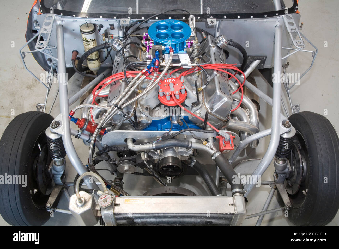 hight resolution of naturally aspirated and injected ford v8 racing engine as used in a drag car