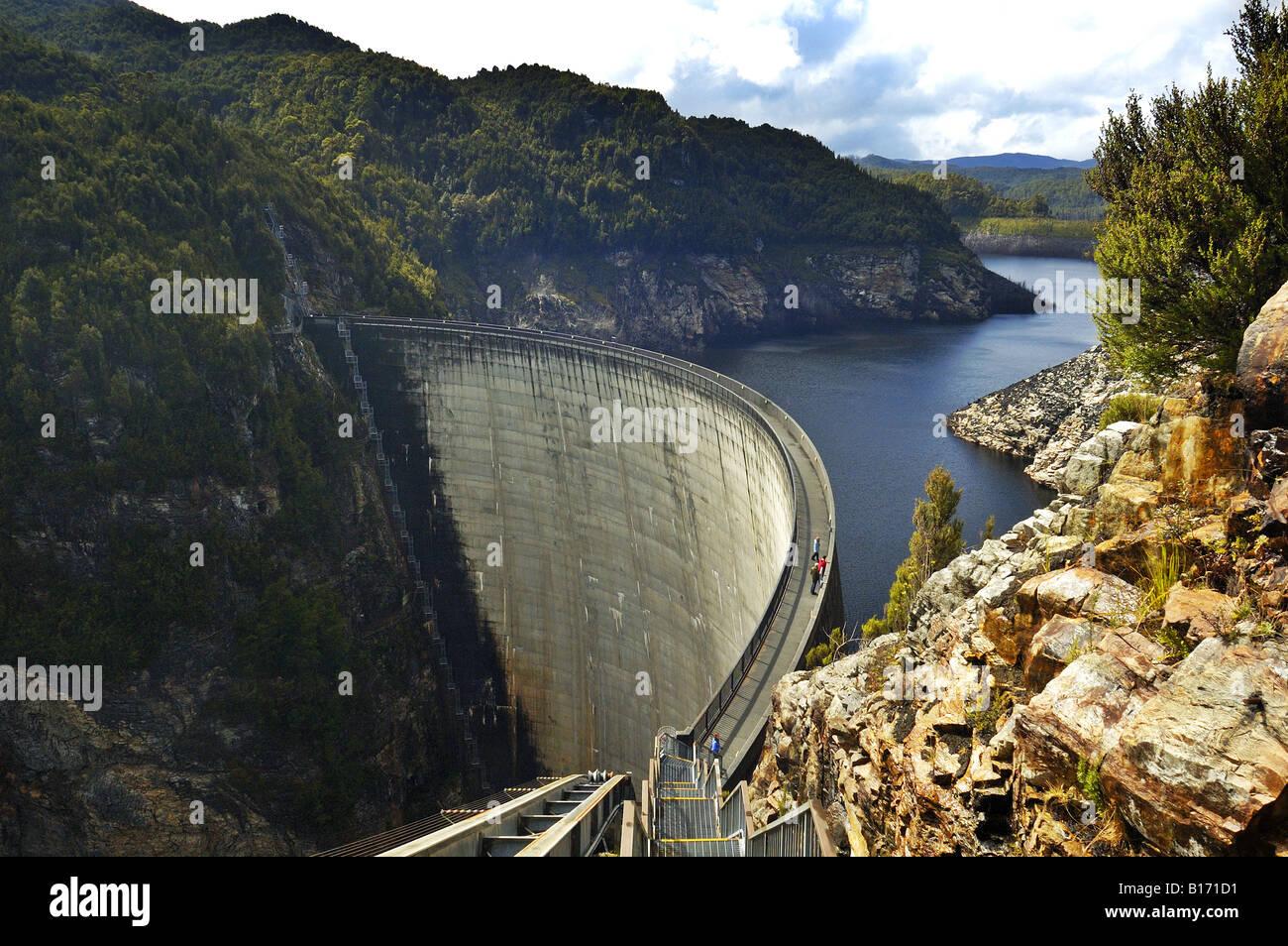 hight resolution of people on the gordon dam tasmania australia stock image