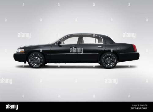 small resolution of 2008 lincoln town car signature limited in black drivers side profile stock image