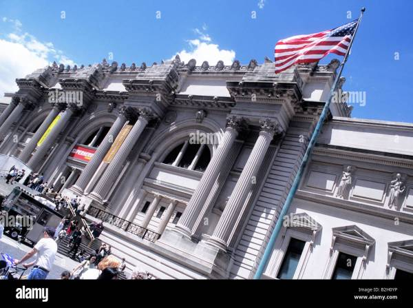 Exterior View Metropolitan Museum Art Stock