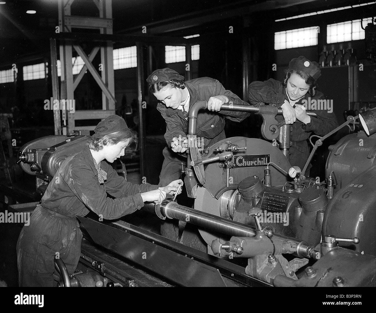World War Two War Effort Ww2 Women Working Employment
