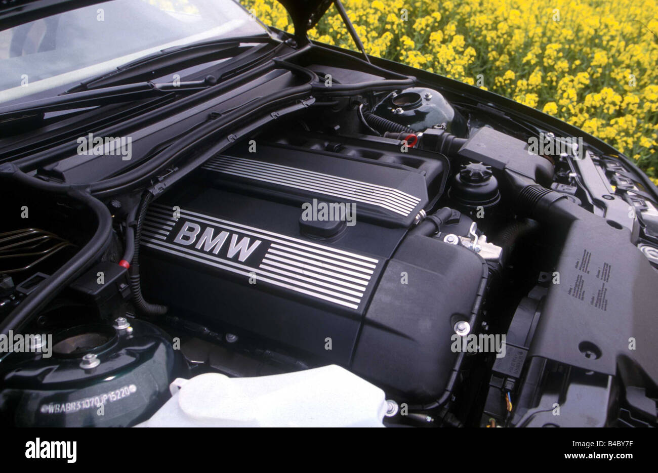 hight resolution of car bmw 323i convertible model year 2000 black view in engine compartment engine technique accessory accessories