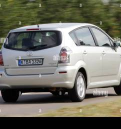 toyota corolla reverse 1 8 vvt i executive model year 2005 silver  [ 1300 x 956 Pixel ]