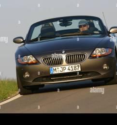 car bmw z4 3 0i roadster convertible 231 ps h chstgeschwindigkeit 250 km [ 1300 x 956 Pixel ]