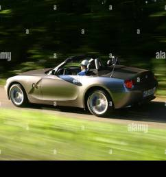 car bmw z4 3 0i roadster convertible 231 ps h chstgeschwindigkeit 250 km h model year 2003 silver anthracite driving op [ 1300 x 956 Pixel ]