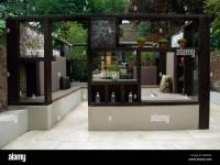 gazebo in modern urban garden Stock Photo: 19989045 - Alamy