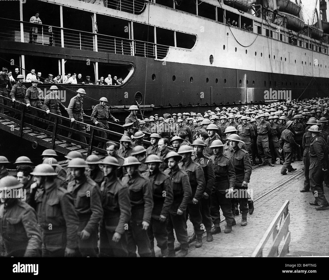 World War 2 British Sol Rs Disembarking Their Ship May