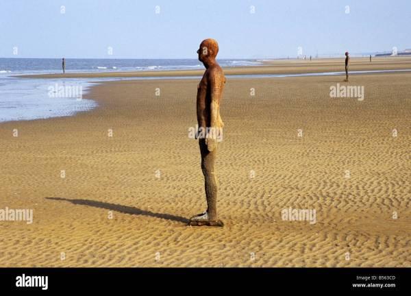 Antony Gormley Exhibition ' Place' Crosby Beach