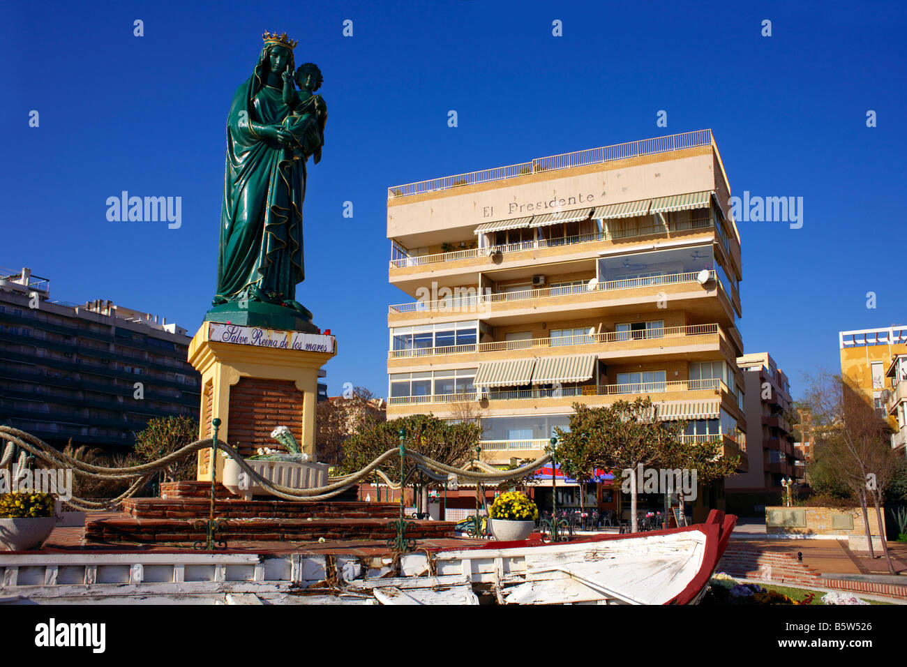 second hand sofas costa del sol sizes of sectional fuengirola spain statue stock photos and