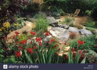 Feng Shui garden Design Pamela Woods red border with