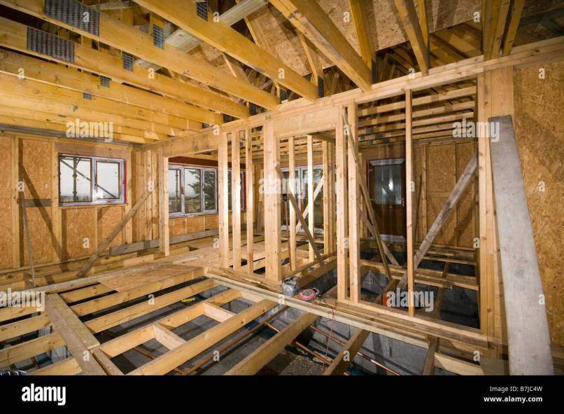 Timber framed house grand designs season episode timber for Home under construction insurance