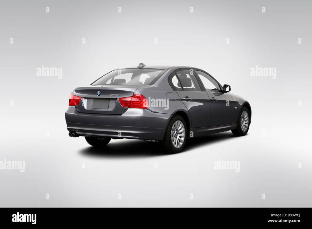 medium resolution of 2009 bmw 3 series 328i in gray rear angle view