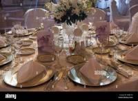 Elegant table setting for a wedding reception Beirut ...