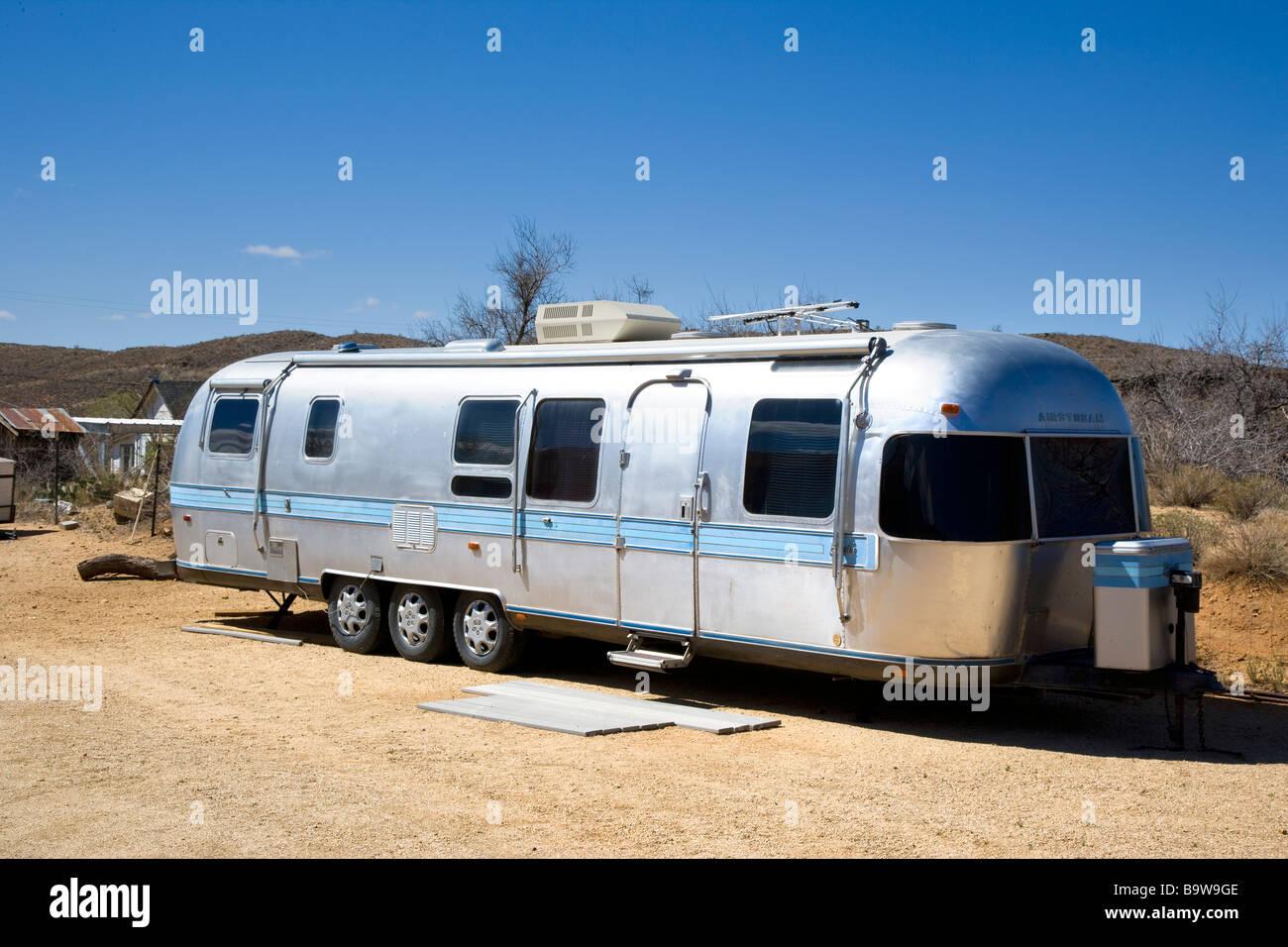 camping trailer usa helium atom diagram airstream silver bullet type camper van caravan arizona