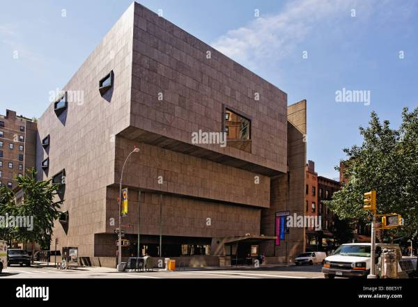 Whitney Museum Of American Art Founded Gertrude