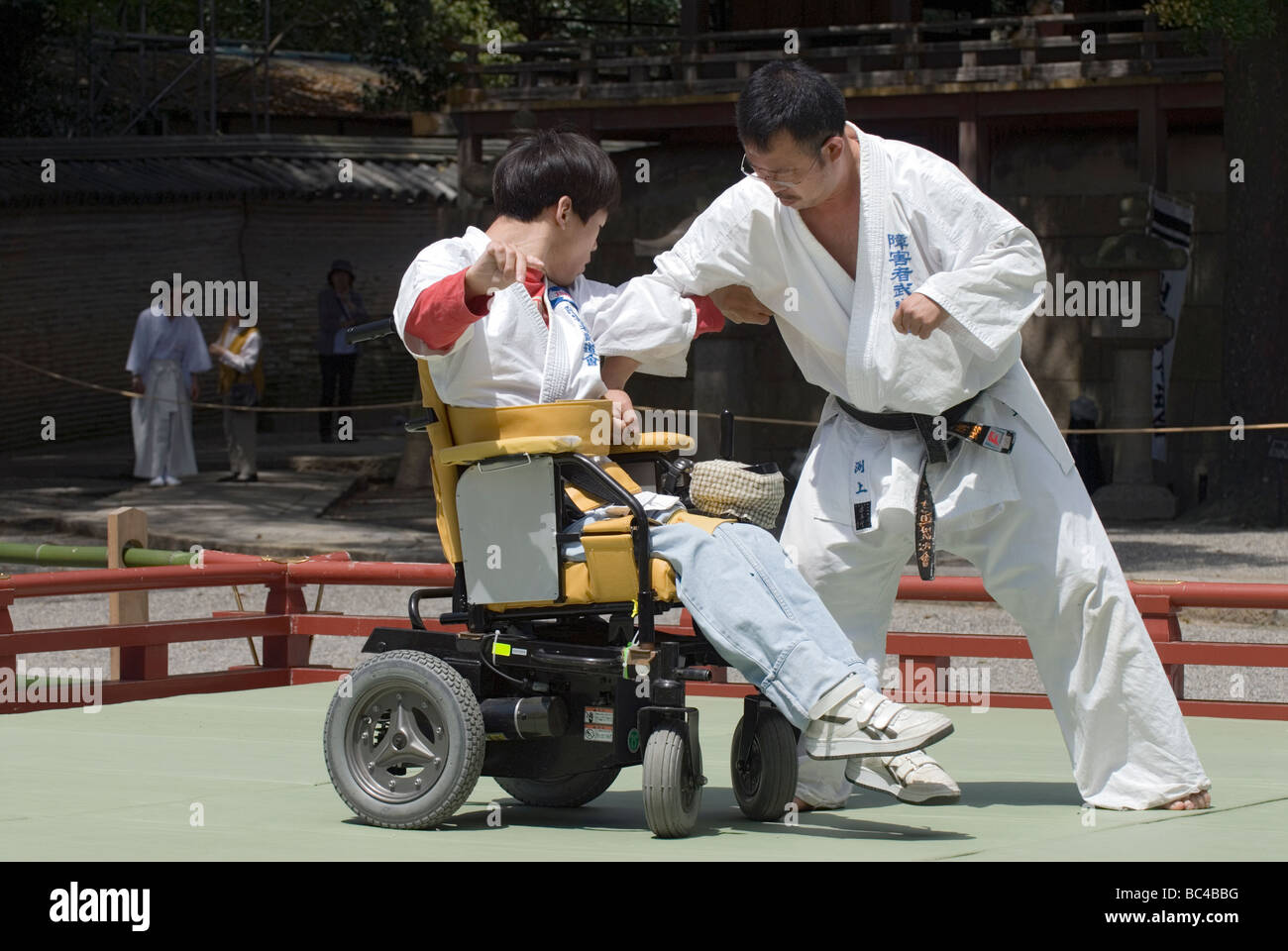 wheelchair fight quechua folding chair a disabled man in performs defensive judo