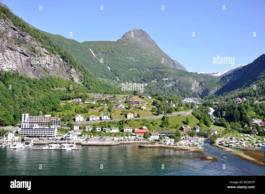 Geiranger village, Geiranger Fjord, More og Romsdal ...