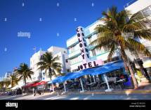 Hotels Ocean Drive Under Blue Sky South Beach Miami