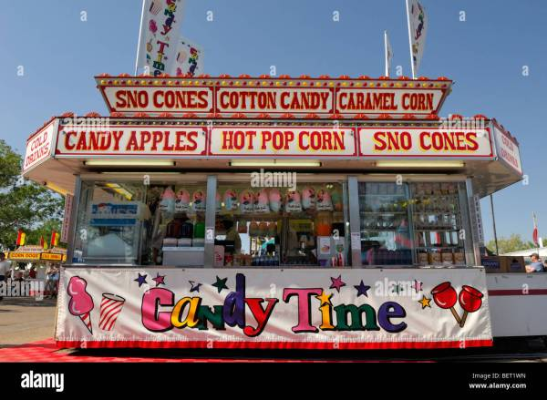 Candy Stand Midway - Apples Popcorn Cotton And Sno Stock 26343905 Alamy
