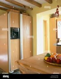 Large American-style fridge-freezer in modern fitted ...