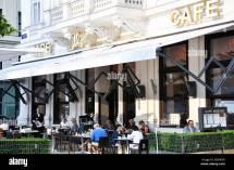 Cafe Mozart Stock & - Alamy