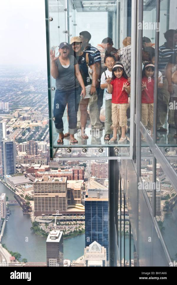 Willis Tower Sears In Chicago Illinois Tallest Stock 27689850 - Alamy