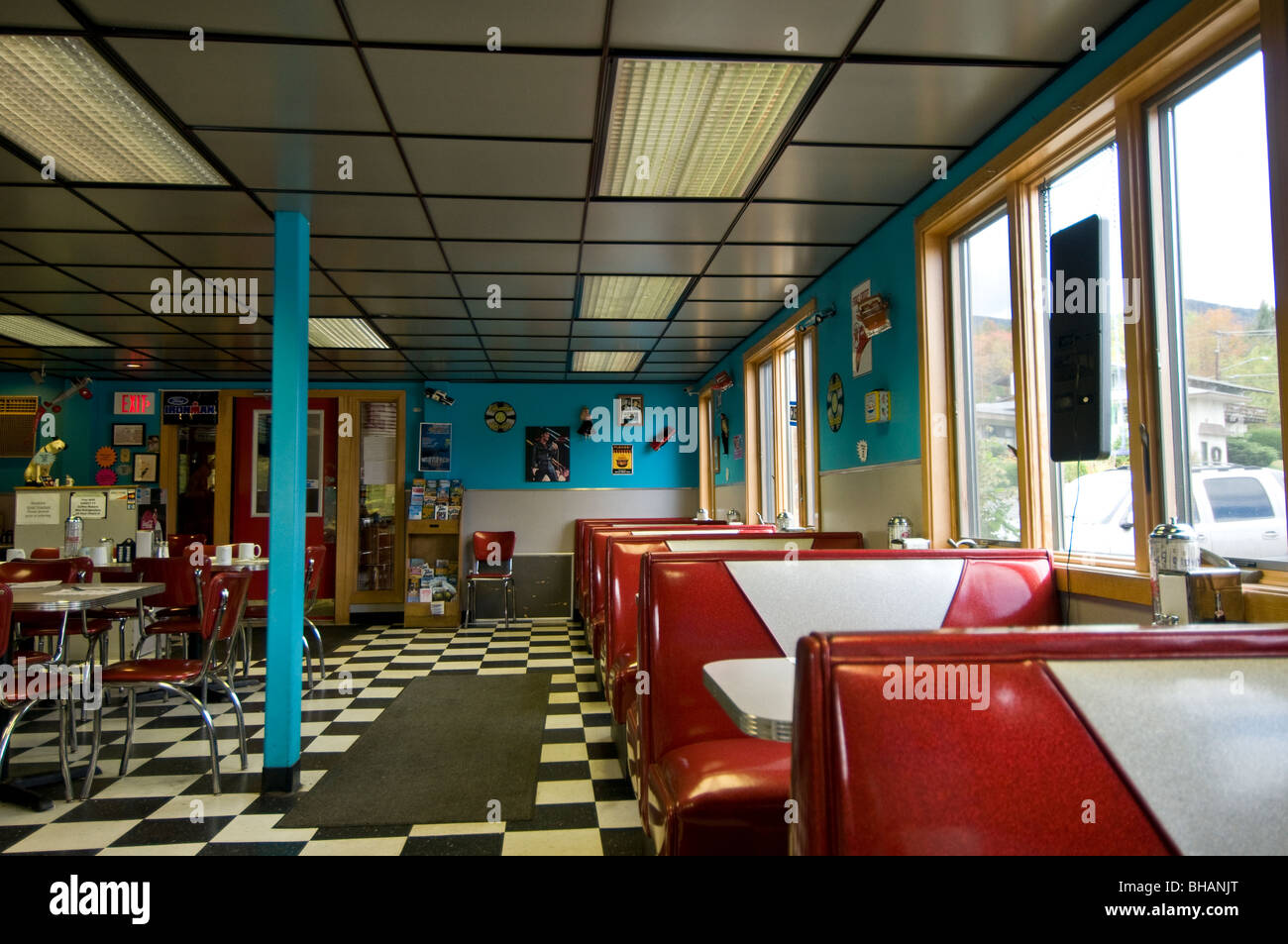 Retro 1950s style diner New York State USA Stock Photo