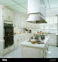 Modren White Kitchen Extractor Fan Above Oven In Modern ...