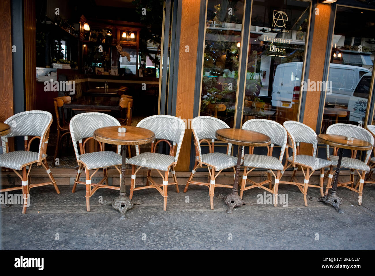 parisian cafe table and chairs refinishing cane back outside street paris tables scene