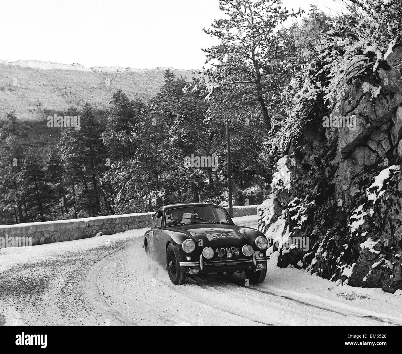hight resolution of ac aceca driven by t clarke on the 1958 monte carlo rally stock image