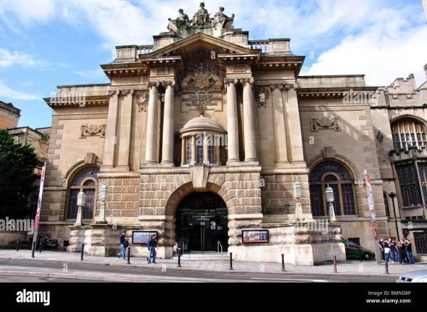 Bristol' City Museum & Art Whiteladies Road Bristol Stock 29974918 - Alamy