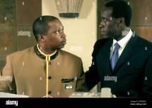 Desmond Dube & Don Cheadle Hotel Rwanda 2004 Stock
