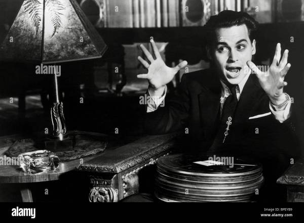 Tim Burton Johnny Depp Stock & - Alamy