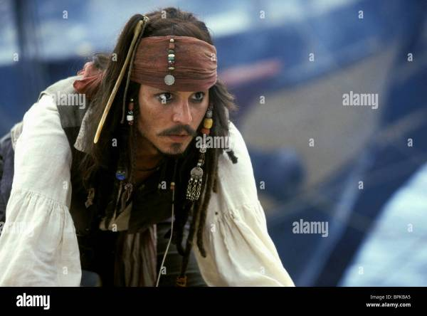 Johnny Depp Pirates Of Caribbean Curse Black Pearl Stock 31158797 - Alamy