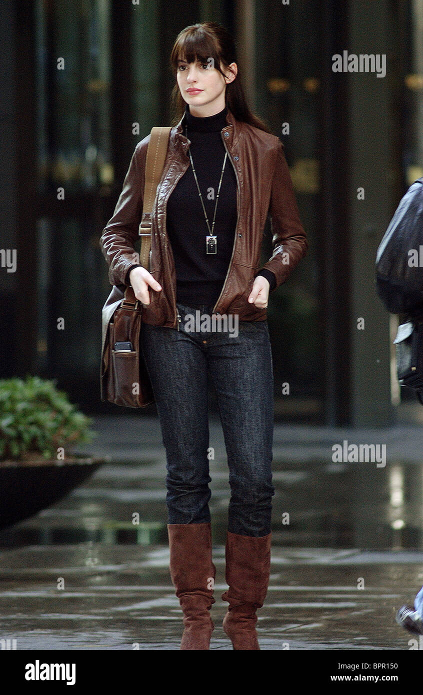 Anne Hathaway Le Diable S'habille En Prada : hathaway, diable, s'habille, prada, Devil, Wears, Prada, Hathaway, Resolution, Stock, Photography, Images, Alamy