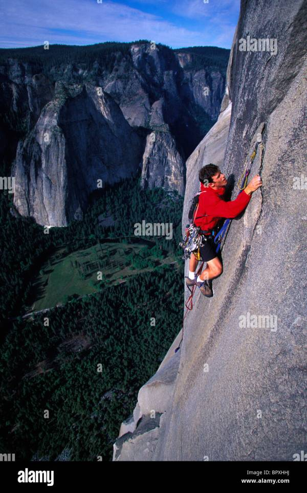 Man Rock Climbing El Capitan Yosemite National Park