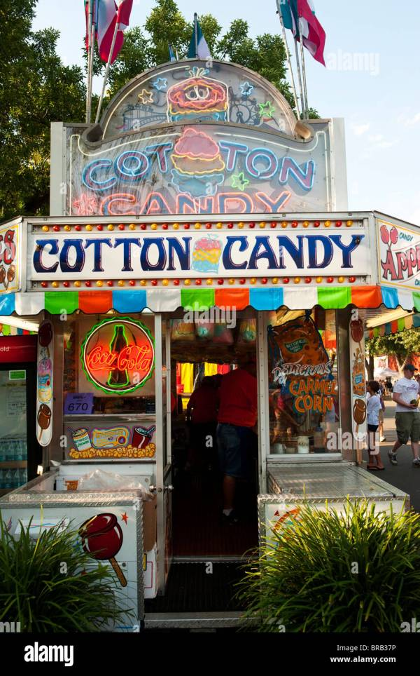 Cotton Candy Stand Stock & - Alamy