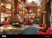 Lobby Glacier Hotel National Park Montana