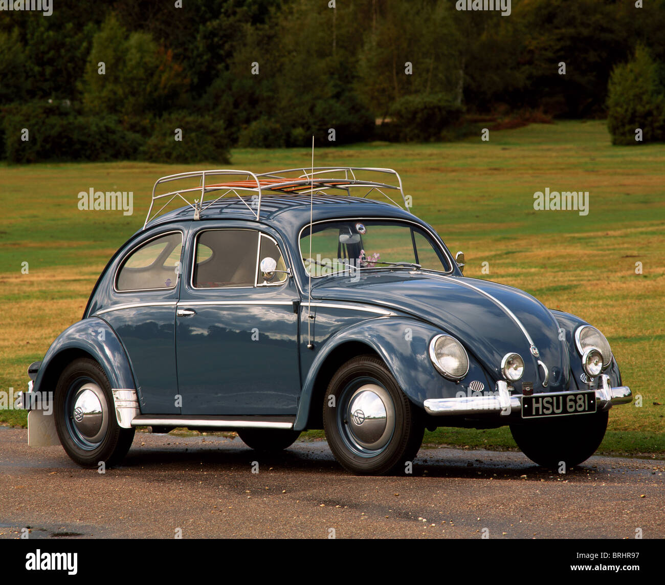 https www alamy com stock photo 1953 volkswagen beetle with period luggage rack and split rear screen 31738931 html