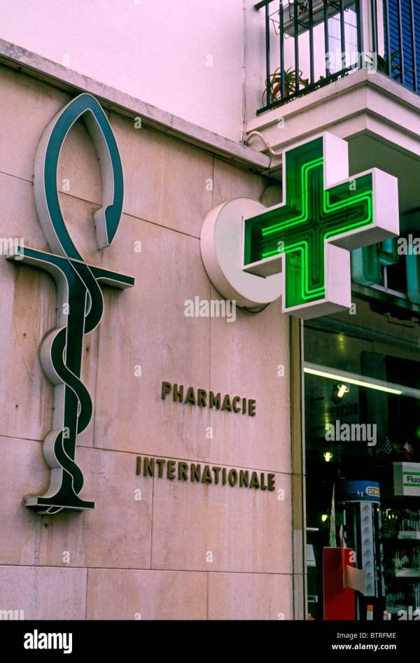 Sign of the Green Cross Pharmacy in France