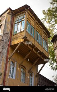 Cantilevered balcony on building in Tbilisi old town, Kala ...