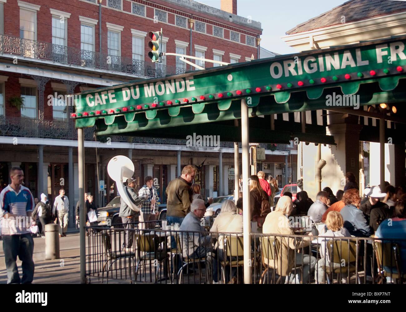 Cafe Du Monde New Orleans Donuts Beignets
