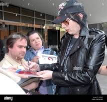 Marilyn Manson Make- Leaving Hyatt Hotel And