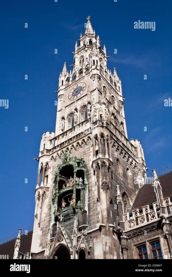 Glockenspiel Clock Stock & - Alamy