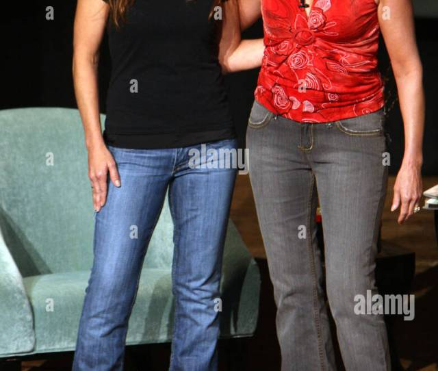 Gretchen Wilson And Lorianne Crook At The Gac Presents Cma Celebrity Close Up Event At The Ryman Auditorium Nashville
